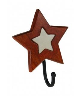Colgador perchero de madera y cerámica de un gancho con forma de estrella. Medidas totales: 18x15x10 cm.