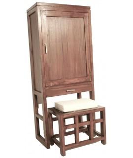 Zapatero de madera maciza con taburete con cojín. Medidas totales: 130x30x55 cm.