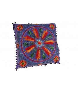 Cojín Bordado Multicolor -color Lila- 40x40cm.