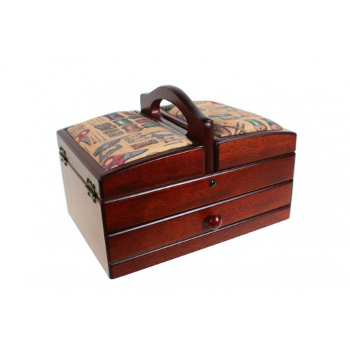 Costurero de madera con tapas acolchadas con diseño costura de color nogal. Medidas plegado 18x24x17 cm..