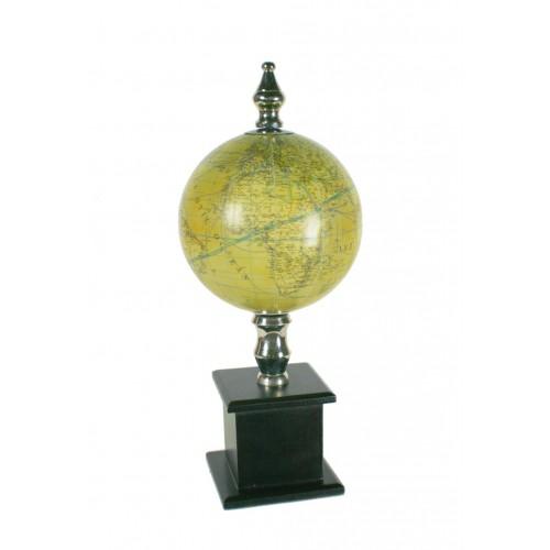 Globus terraqüi amb pedestal