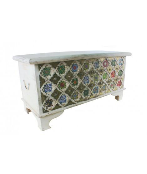 Baúl de madera de mango y metal Étnico. Medidas: 45x90x40 cm.