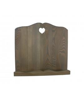 Faristol de fusta massissa envellida color cendra amb cor. Mesures: 30x32x18 cm.