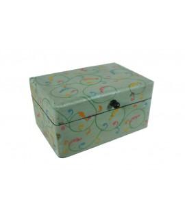 Caixa de fusta amb pintura repujada