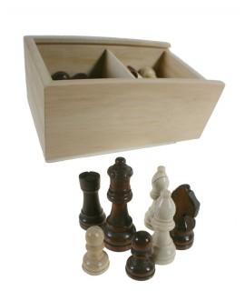 Figuras ajedrez de madera barnizada 2 colores en caja de madera. Medidas: 8x18x12 cm.