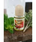 Essence naturelle d'épices dans un flacon de parfum. Flacon: 16 ml.