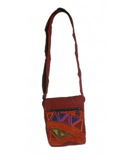 Petit sac hippie brodé ethnique de couleur grenat coton tissé