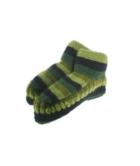 Patucos de lana artesanal para adulto unisex color verde para dormir calientes suave y cómodo para regalo.