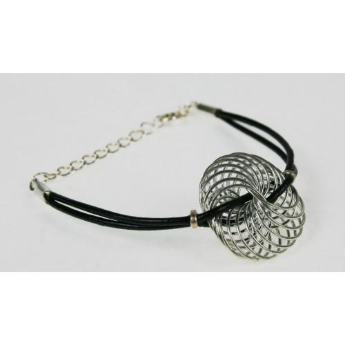 Métal et cuir Bracelet