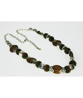 Collar de Madera y Metal