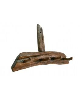 Cintre rustique en bois de teck de style primitif. Dimensions: 40x15x65 cm.
