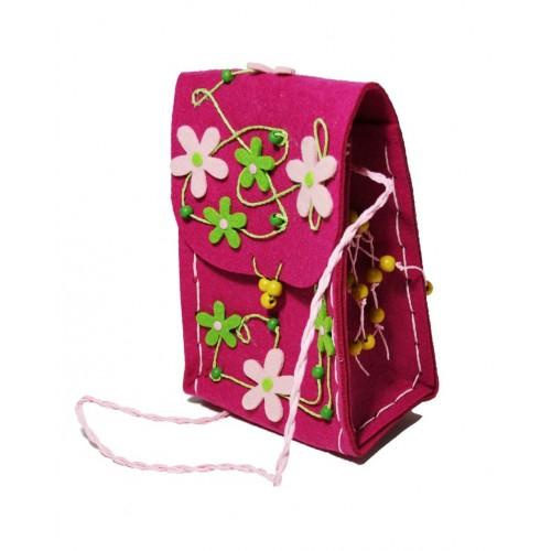 Bolso bandolera infantil para niña de tela fieltro color rosa con flores.