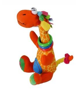 Girafe colorée pour bébés avec différents matériaux pour la motricité des enfants