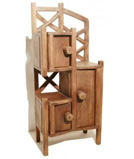 Moble auxiliar de fusta massissa de teka estil Primitiu. Mides totals: 105x30x45cm.
