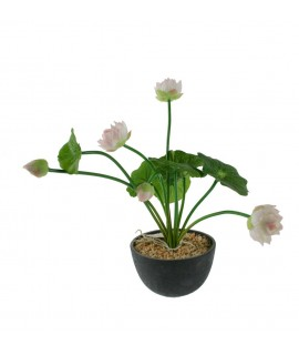 Maceta cerámica con flores de tela. Medidas: 25x17 cm.