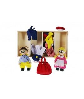 Muñeco y muñeca de madera con ropa para vestir