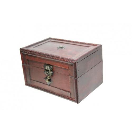 Caja joyero de madera laminada con botón central