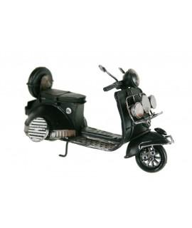 Réplique de couleur noire pour scooter Vespa moto. Mesures: 12x18x7 cm.