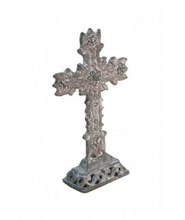 Creu de taula petit amb pedreria. Mesures: 11x3x5 cm.