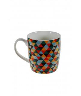 Taza mug para desayuno con diseño geométrico. Medidas. 9,5x8,5x13 cm.