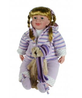 Muñeca clásica con pelo pelirrojo con trenzas y osito suave