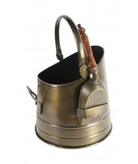 Collecteur de cendres avec pelle de cheminée. Dimensions: 40xØ29 cm.