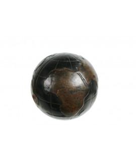 Globus terraqüi gran amb estructura en símil de pell.