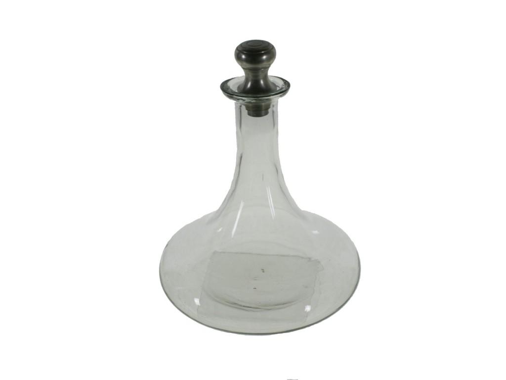 Botella de vidrio clásica para vino y licor