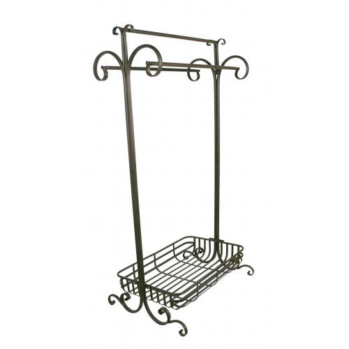 Toallero con tres barras de metal con cesta multiusos. Medidas: 104x40x50 cm.