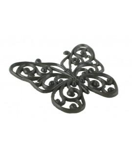 Salvamanteles mariposa de hierro colado. Medidas: 1,5x21x18 cm.