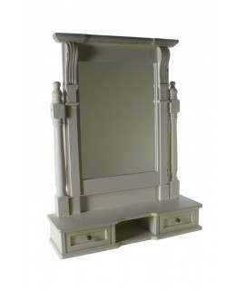 Mirall de fusta per a tocador amb calaixos acabat en blanc. Mesures: 67x52x15 cm.