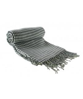Canapé de style nordique et couverture de lit motif pied de poule