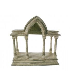 Temple de fusta estucat color crema. Mesures: 27x26x12 cm.