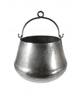 Chaudron en métal antique avec rivets et poignée en étain. Mesures: 25xØ33