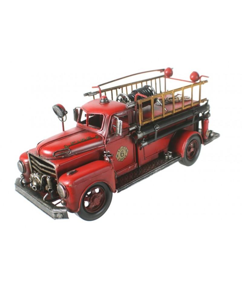Camión de bomberos en tamaño grande estilo retro. Medidas: 17x41x15 cm