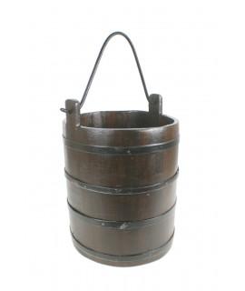 Chaudron en bois avec poignée en métal, style ancien. Mesures: 55xØ30 cm.