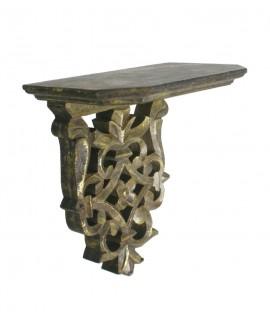 Ménsula de madera con talla acabado oro viejo. Medidas: 21x20x12 cm.