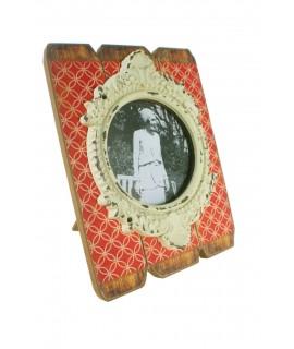 Support de cadre photo avec cadre en bois et centre de table en céramique vintage orange.