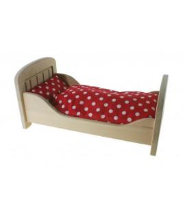 Cama para muñecas de madera de haya con sábanas rojas. Medidas: 54x29 cm.