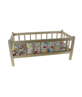 Lit de poupée avec des barres en bois de hêtre avec des draps. Mesures: 54x29 cm.