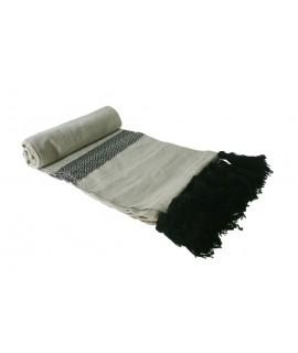 Manta cotó estil nòrdic beix i negre 100% cotó. Mesures: 130x180 cm.
