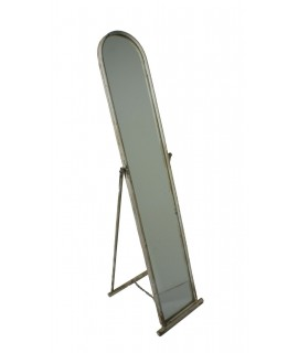 Espejo de pie marco metálico redondo color crema envejecido. Medidas: 142x34x6 cm.