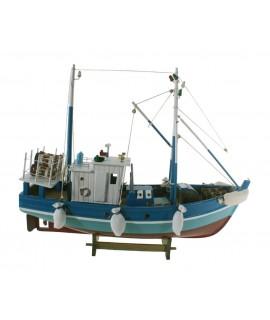 Bateau de pêche. Mesures longues: 45 cm.