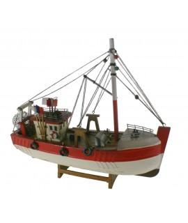 Bateau de pêche traditionnel. Mesures longues: 30 cm.