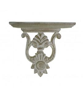 Ménsula de madera tallada acabado en patina blanca. Medidas: 21x20x12 cm.